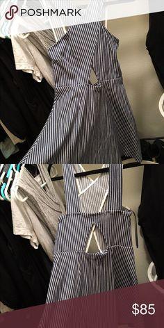 Topshop striped dress Topshop striped dress. Size US8. Never worn! Topshop Dresses Mini