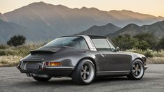 Porsche 911 Targa restored by Singer