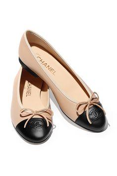 4f75c32e Los zapatos más clásicos del mundo son también los más modernos Bailarinas  Chanel, Zapatos De