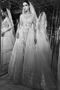 Vestido de noiva dois em um Zuhair Murad com Sobre-saia