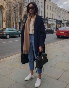 Awesome Fashion Trends To Inspire Yourself - Fashion Looks 2019 - Mode outfits - Winter Fashion Outfits, Autumn Winter Fashion, Fall Outfits, Autumn Look, Winter Outfits 2019, Winter Weekend Outfit, Look Winter, New York Winter Outfit, Rainy Day Outfit For Fall