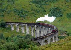 Hogwarts Express Train - Edinburgh