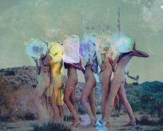 El fotógrafo Davis Ayer Acciones emocionales, arrestando, Imágenes sensuales - 3 Sensual Editoriales de Moda | Exposiciones de arte - Moda Mujer y Estilos de Vida Noticias de Ana de Carversville