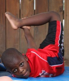 Interesting article on How yoga positively influences at-risk kids with high trauma or abuse. Incorporate w HealthMPowers.