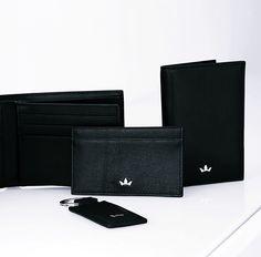 Roderer Roma Black Card Holder and Key Holder #Roderer #RodererWorld #LeatherGoods #LeatherBags #BusinessBags #MyDubai #Wallet #Wallets #Bifold #BifoldWallets #KeyHolder #CardHolder #CreditCardHolder #Bags #TravelBags #BifoldCardholder