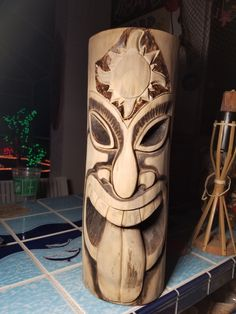 tattoos that look like wood carving / tattoos that look like wood carving Tree Carving, Wood Carving Art, Wood Art, Arte Bar, Tiki Pole, Tiki Faces, Tiki Tattoo, Tiki Head, Tiki Statues