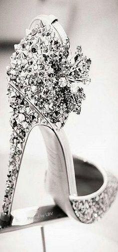 #Shoes #Heels  Pinterest: Caramelo DeFresa