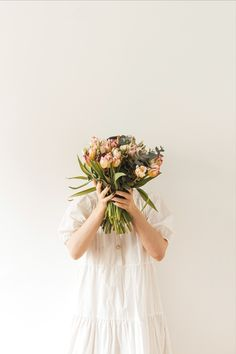 Photo of the week by maximleshkovich. You grow, girl. #flowers #minimalphoto Minimal Photo, White Dresses For Women, Tulips Flowers, Photos Of The Week, Pretty Woman, Beautiful Pictures, Bouquet, Flower Girl Dresses, Inspirational Photos