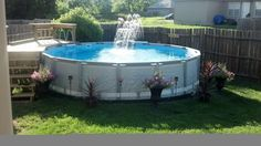 Pool fencings are ideal for privacy and defense. But you can still have a good time establishing your pool fence. Right here are 27 Incredible pool fence ideas! Intex Pool, Swimming Pools Backyard, Pool Decks, Above Ground Pool Landscaping, Pool Fence, Pool Maintenance Cost, Pool At Night, Patio, Farmhouse