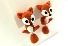1 pair ear stud FOX