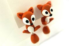 1 pair ear stud FOX