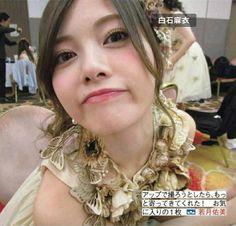 白石麻衣 Asian Fashion, Asian Woman, Art Girl, Diva, Flower Girl Dresses, Hair Beauty, Beautiful Women, Singer, Wedding Dresses