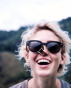 9 Eco-Friendly Sunglasses You Can Wear This Summer & Beyond Stylish Sunglasses, Sunglasses Sale, Cat Eye Sunglasses, Ethical Fashion, Fashion Brands, Ethical Brands, Made Clothing, Sustainable Fashion, Eyewear