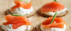 Hosting a buffet party? Out of ideas for the food? Delight everyone with this ultimate selection of the Best and Easiest Cold Finger Buffet Food Ideas. Canapes Recipes, Appetizer Recipes, Appetizer Ideas, Easy Canapes, Appetizer Plates, Smoked Salmon Canapes, Salmon Lox, Buy Salmon, Buffet Party
