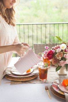 How to Style the Perfect Brunch for Mom