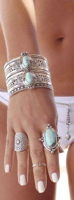 Boho jewelry style Www.Americanacool.com #americanacool                                                                                                                                                      Más