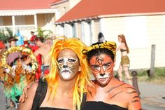 pretty wild cats are celebrating in St. Barth Carnival - Photo (c) St. Barth Magazine #DIYcostume #facepinting #carnivalparty