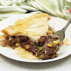 Leftover Prime Rib Phyllo Pot Pie Leftover Beef Phyllo Pot Pie – Use leftover beef or leftover prime rib for this easy pot pie recipe made with phyllo dough. Roast Beef Pot Pie, Roast Beef Recipes, Leftover Prime Rib, Leftover Roast Beef, Recetas Pasta Filo, Entree Recipes, Cooking Recipes, Phyllo Dough Recipes, Prime Rib Recipe