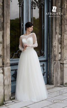 suknia ślubna dla tradycjonalistki, suknia ślubna o tradycyjnym kroju