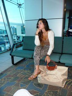 airport style-longchamp le pliage travel bag