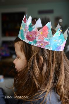 Printable Party Crown Coloring Page Free Printable Party Invitations, Party Printables, Free Printables, Crown Printable, Printable Art, Time Painting, Painting For Kids, For Your Party, Floral Crown