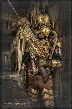 Artist Creates Steampunk Costumes From Old Parts He Finds In A Flea MarketSteam Wonderwaffe type weapon Othera Arsenal trumpet