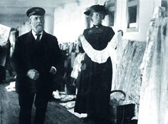 A Queenstown vendor sells irish lace aboard the Titanic. Taken in 1912.
