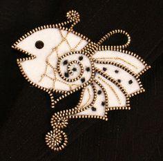 Goldfish designer zipper and felt handmade brooch with a by 3latna