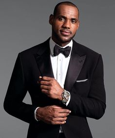 Quite #dapper! #dailydoseofdapper #munaluchi #munaluchibride #weddingthings #inlove #sartorial #munagrooms | #Repost @highfashionmen  Follow @ryanstylesnyc @ryanstylesnyc for more black tie inspiration. Via @kingjames