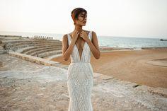 Ready to Wear Galia Lahav Wedding Dresses 2017: Bourgeois Bohemian. See more here http://www.confettidaydreams.com/ready-to-wear-galia-lahav-wedding-dresses-2017/
