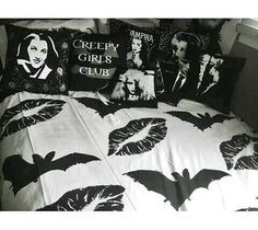 Fun idea for my room. I would have loved this in high school school. I would add a single color (maybe red) for some drama. Now she is too colorful for making this work. Psychobilly, Dream Bedroom, Home Bedroom, Bedroom Ideas, My New Room, My Room, Goth Home Decor, Gypsy Decor, Gothic Bedroom Decor