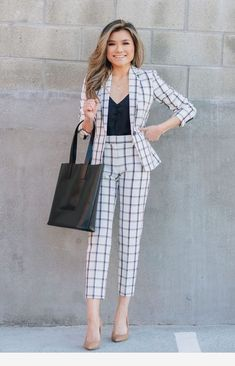 Lovely Outfit Ideas For Work To Update Your Dressing outfit ideas for work, Work Outfits, Women Outfits, Chic Casual Work Outfit Ideas Classy Work Outfits, Smart Casual Outfit, Spring Work Outfits, Work Casual, Smart Casual Women Office, Outfit Work, Casual Wear, Casual Shoes, Mode Outfits