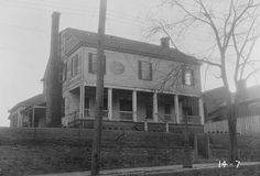 People have claimed to see a man's head roll down the steps of The Ezekial Harris House in Augusta, Georgia. Click the photo for the full story. #HauntedGeorgia