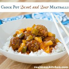 Crock Pot Sweet and Sour Meatballs | realmomkitchen.com