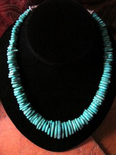 Natural Turquoise Gradutated Necklace - Rugged Ethnic Jewelry