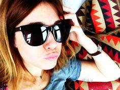 Cecilia Blankens i supercoola Saint Laurent från Synsam Wayfarer, Ray Bans, Saint Laurent, Sunglasses, Style, Fashion, Swag, Moda, Fashion Styles