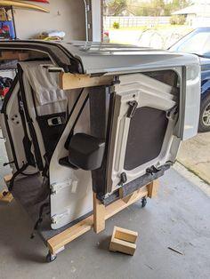 Hardtop and Door Cart | Jeep Gladiator Forum - JeepGladiatorForum.com Jeep Wrangler Doors, Jeep Doors, 2 Door Jeep, Wrangler Jl, Jeep Gear, Jeep Jk, Roof Storage, Diy Storage, Jeep Hardtop Storage