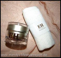 Für QVC darf ich die EMMA HARDIE Amazing Face Moringa Cleansing Balm testen. Dieses Produkt ist ein echter Alleskönner.  Es bietet tägliche Reinigung, pflegender Balsam für trockene Hautstellen, wohltuende Gesichtsmaske und vieles mehr – die Haut wird es lieben!  EMMA HARDIE ist eine Kosmetik-Marke die im September 2009 ihre preisgekrönte Amazing Gesicht Hautpflege-System auf dem Markt einführte. Diese Hautpflegeserie ist komplett – natürlich zur Verjüngung der Haut....