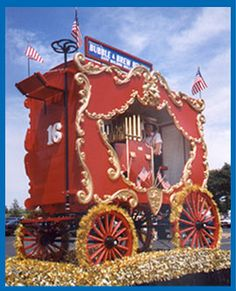Circus Calliope (in circus jargon: calyope). in circus parade wagon. These were steam-operated until the 1960s. Now they are operated from compressed air.