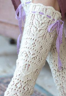 Knit Or Crochet, Lace Knitting, Knitting Stitches, Knitting Socks, Knitting Patterns, Stocking Pattern, Lace Socks, Lace Patterns, Yarn Crafts