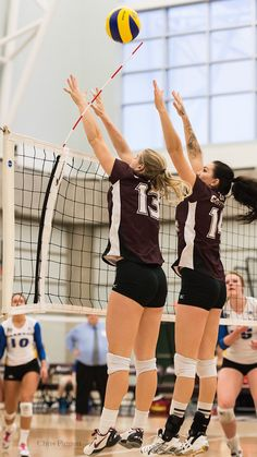 MacEwan Griffins Vs Brandon Bobcats | Brandon beat MacEwan i… | Flickr Female Volleyball Players, Play Volleyball, Women Volleyball, Volleyball Motivation, Griffins, Pose Reference, Poses, Cars, Woman