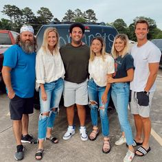 Robertson Family, Sadie Robertson, Duck Dynasty Wedding, Going Back To College, Duck Commander, Grumpy Cat Humor, Meme Comics, Carl Grimes, Daryl Dixon