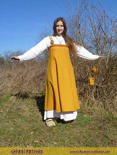 Viking Garb, Viking Reenactment, Viking Dress, Medieval Peasant, Medieval Dress, Viking Clothing, Historical Clothing, Ottonian, Medieval Crafts