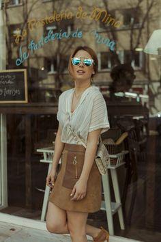 Blanca Suarez Camisa rayas Masscob y falda ante de Claudie Pierlot #streetstyle