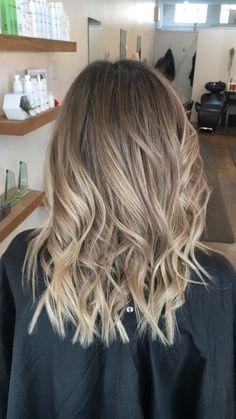 beliage hair Brown Hair Balayage, Brown Blonde Hair, Hair Color Balayage, Hair Highlights, Ombre Hair, Sand Blonde Hair, Blonde Baliage, Haircolor, Ashy Blonde