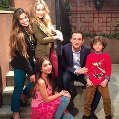 Girl Meets World Season 2 Girl Meets World Cast, Boy Meets World Quotes, Riley Matthews, Disney Channel Shows, Disney Shows, Sabrina Carpenter, Canal 7, Cory And Topanga, Disney Actresses