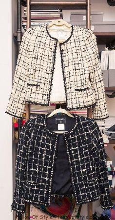 Zoe Buckman's Closet Is Every Bit as Powerful as Her Artwork Inside Artist and Photographer Zoe Buckman's Closet and Home: Chanel Tweed Jacket, Chanel Style Jacket, Chanel Coat, Boucle Jacket, Chanel Chanel, Chanel Fashion Show, Big Fashion, Womens Fashion, Luxury Fashion