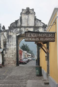 Antigua, Guatemala Tikal, Great Places, Places To See, Beautiful Places, Santa Lucia, Capital Guatemala, Latin Travel, Places Around The World, Around The Worlds