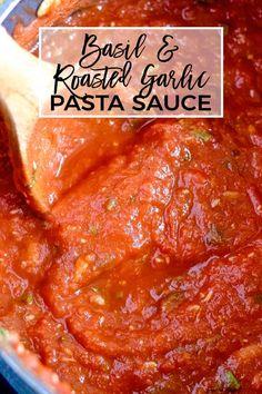 Pasta Sauce With Fresh Tomatoes, Tomato Basil Pasta Sauce, Roasted Tomato Pasta, Garlic Pasta, Roasted Garlic, Simple Tomato Sauce, Basil Garlic Tomato Sauce Recipe, Garlic Bread, Fresh Tomato Spaghetti Sauce