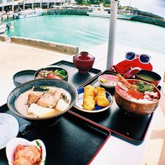 Okinawa, one of the most popular beach resorts in the whole of Japan. Its emerald blue seas and white sand beaches attract people from all over the country. Once the Ryukyu Kingdom, Okinawa has a unique culture and history that differs from the mainland. Here in this article we are going to introduce 50 great things to do in Okinawa.